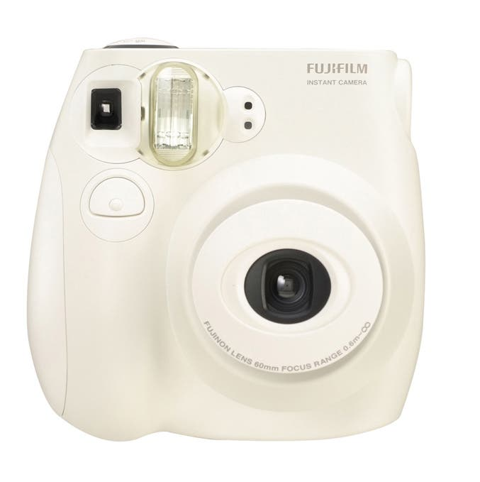 Review: Fujifilm Instax Mini 7s