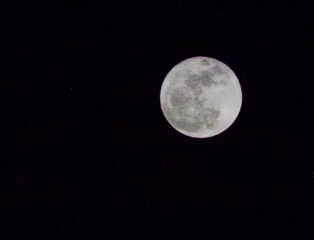 The Phoblographer's Flickr Group Round Up: Super Moon!
