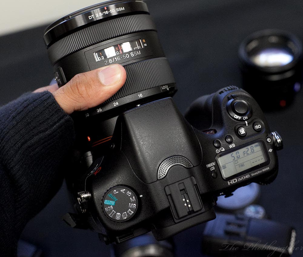 Hands On: Sony A77