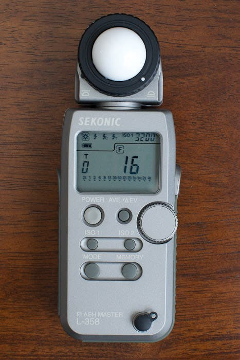 Review: Sekonic L-358 Light Meter