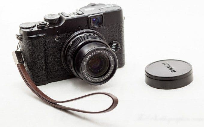 Chris Gampat The Phoblographer Fujifilm X10 review product photos (6 of 6)
