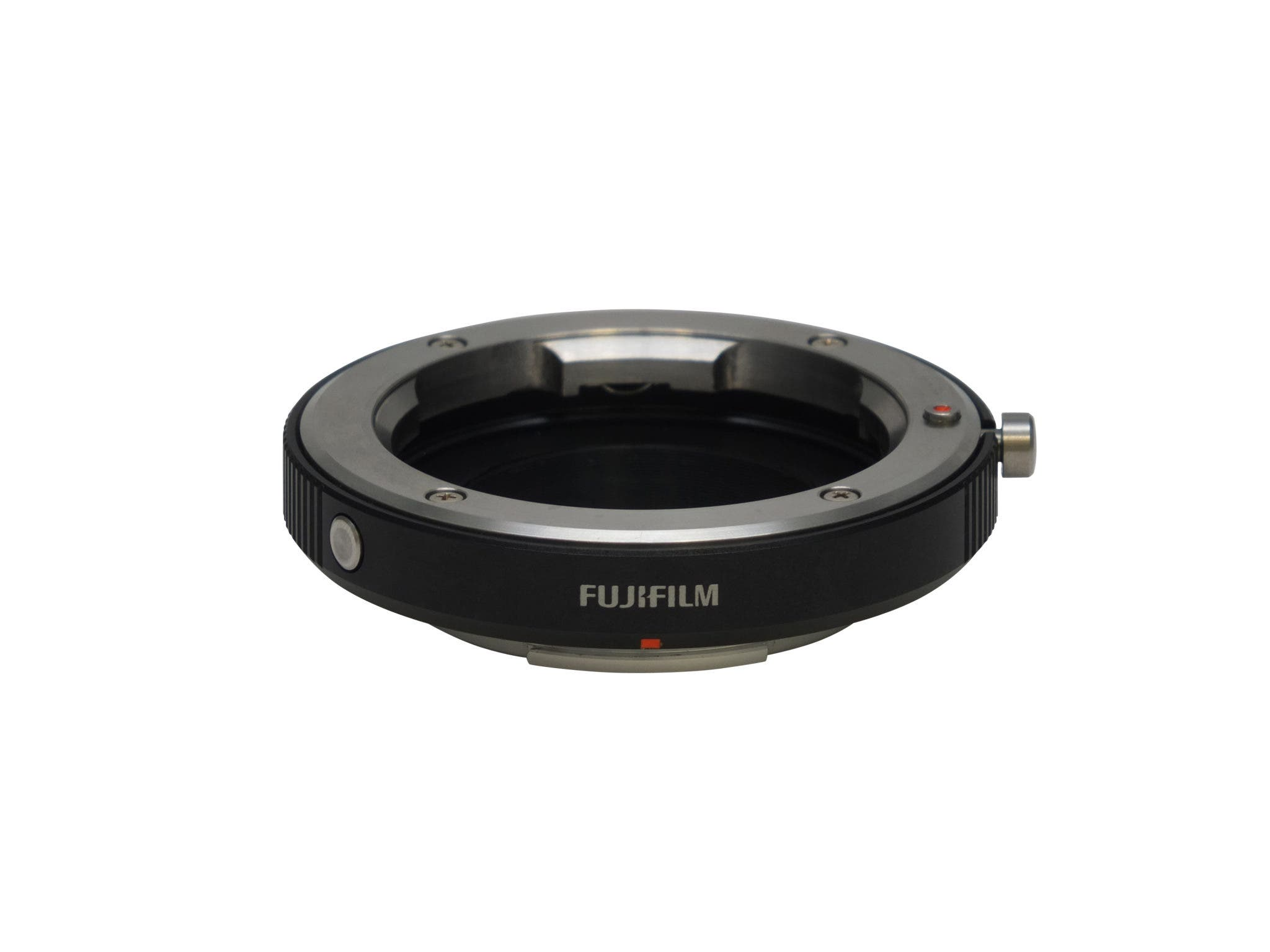 Fujifilm Wants You to Put A Ring on Before Your Leica Lenses and X Pro 1 Mate