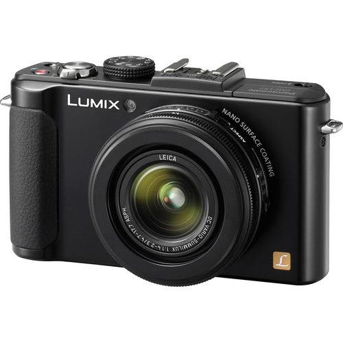 Will a Bigger Sensor Panasonic LX8 Go Head-to-Head with the Sony RX100 Mark III?