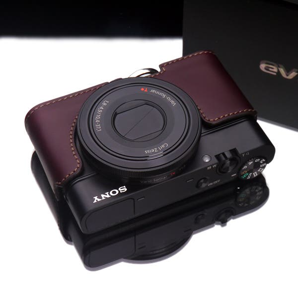Gariz Leather Cases For The Sony RX100 Will Put all the Eyes On Your Camera and Not You