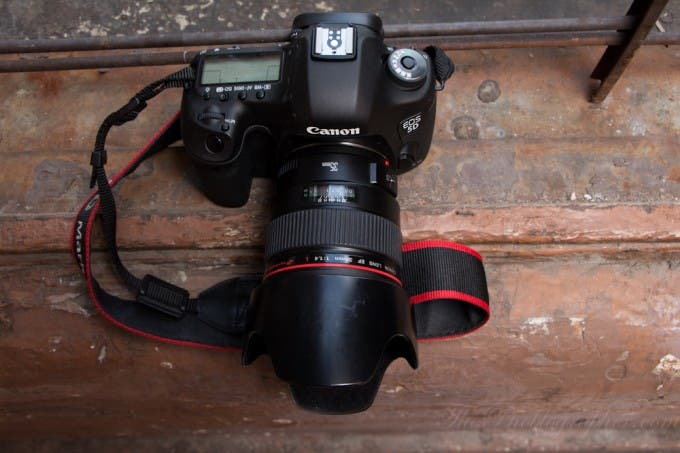 Chris Gampat The Phoblographer Product photos Canon 5D Mk III (3 of 10)ISO 200