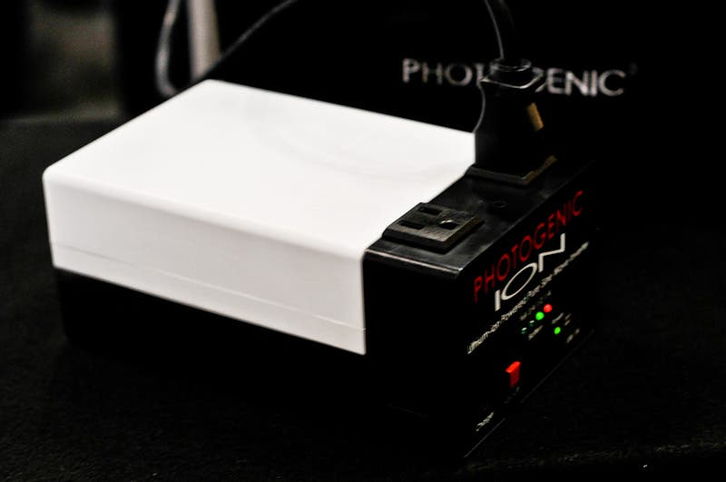 Quick Look: Photogenic ION Battery Pack