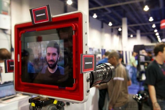 The Padcaster: The Cage That (iPad) Filmmakers Dream About