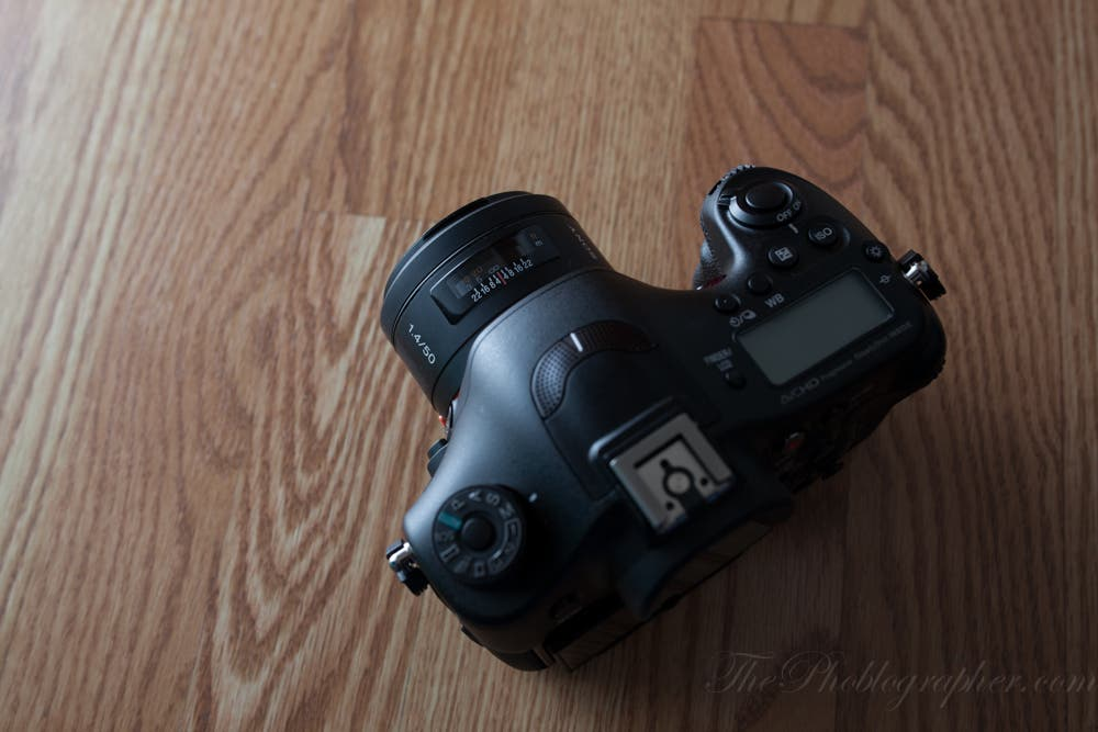 sony 50mm 1 4. a feature that sony 50mm 1 4