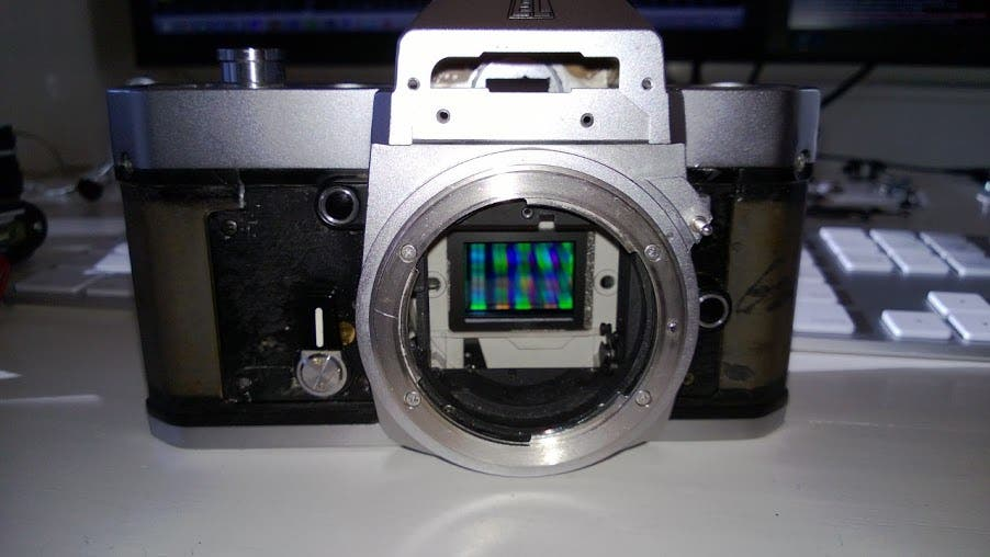If You Want a Nikon Mirrorless Camera Done Right You'll Have to Do it Yourself