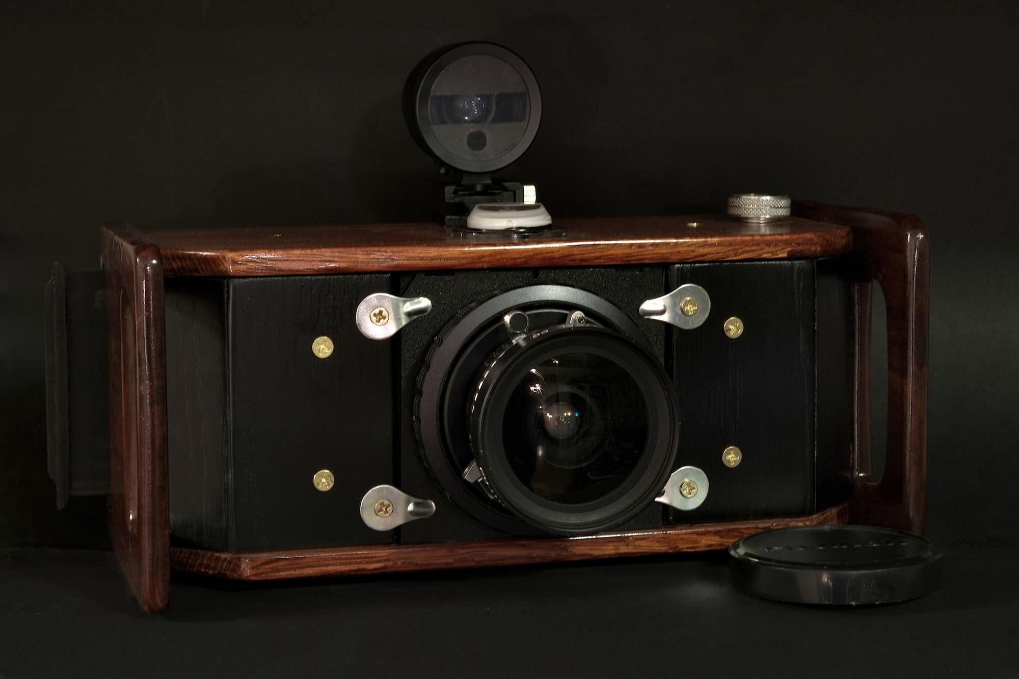 Eirik Loves to Make His Own Stuff, So He Built Himself a 6x17 Panoramic Medium Format Camera - The Phoblographer