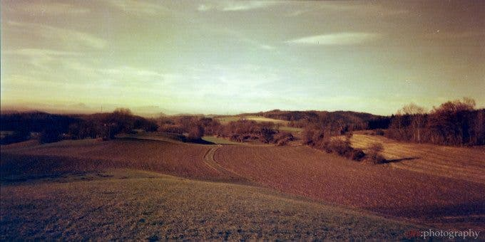 This picture was taken with the 58mm lens and is pretty blurred in the corners. | Belair + Lomography Redscale