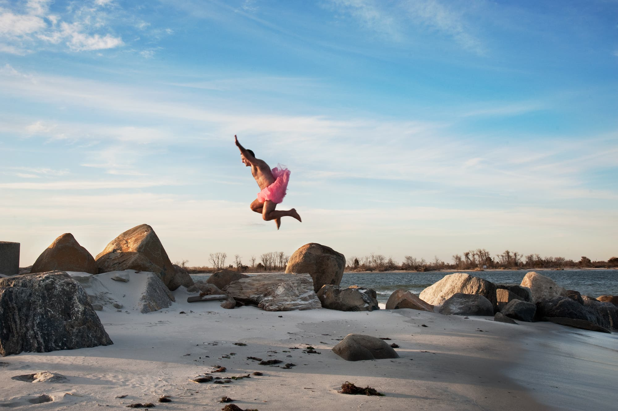 Photographer Bob Carey Publishes New Photos For the Tutu Project