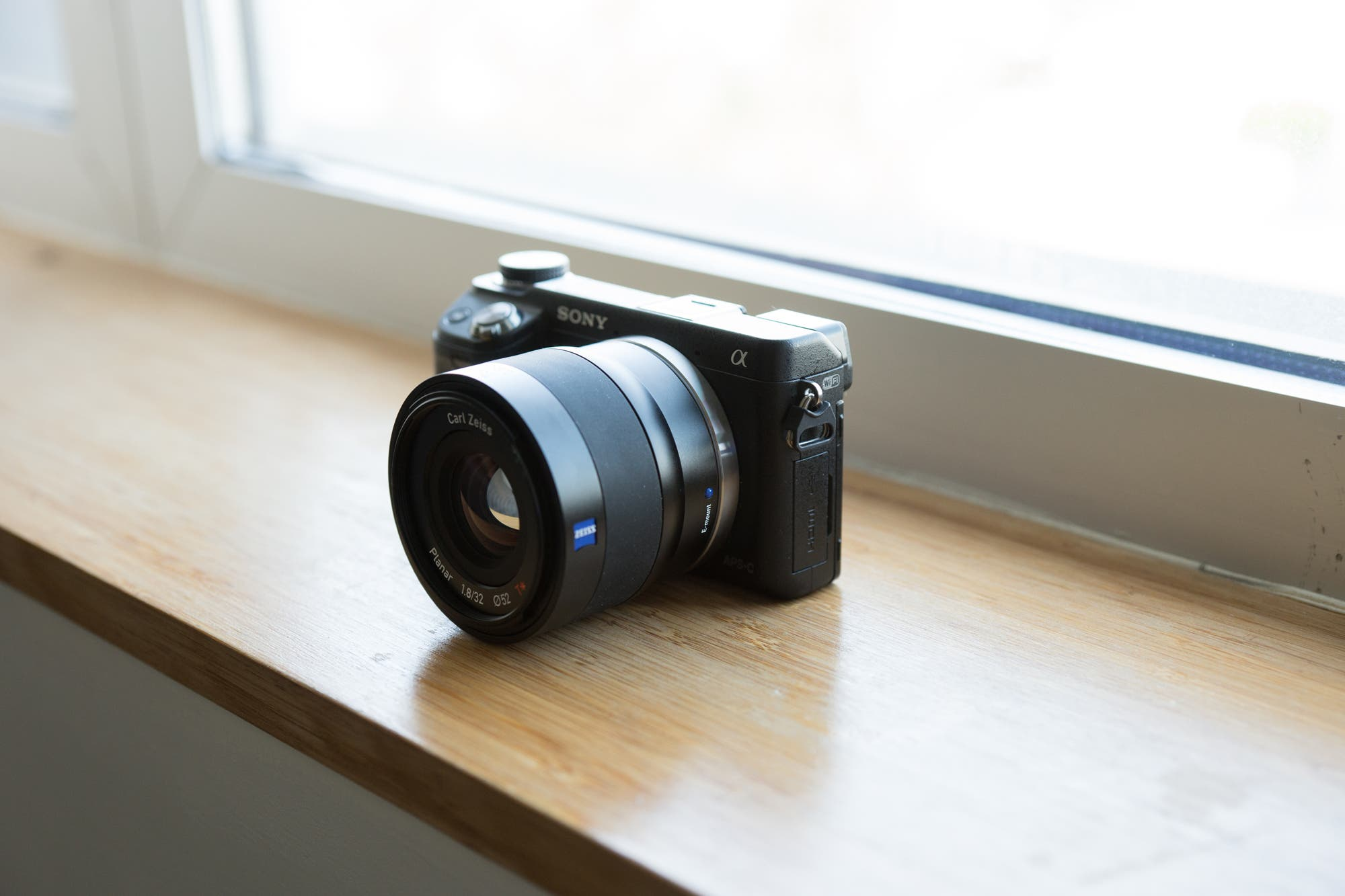 touit 32mm 1.8