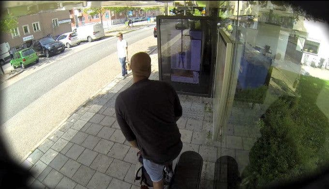 Adobe Pranks People Waiting at a Bus Stop With Live Retouch Panel - The Phoblographer