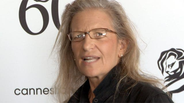 Annie Leibovitz Fumbles When Talking About the Future of Professional Photographers