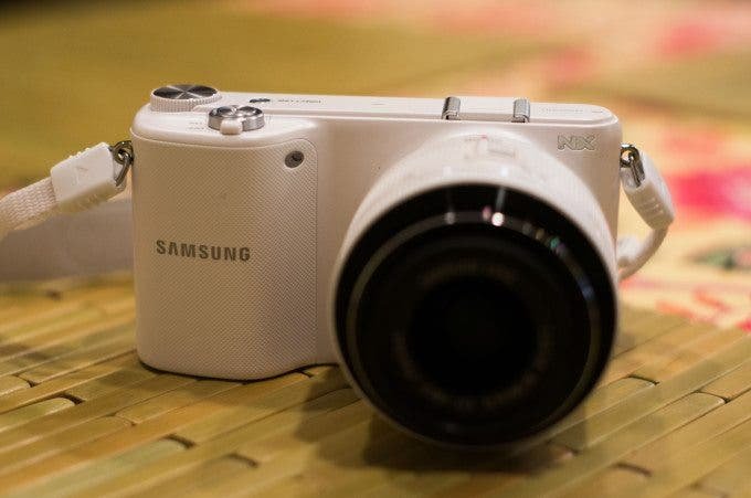 Review: Samsung NX2000