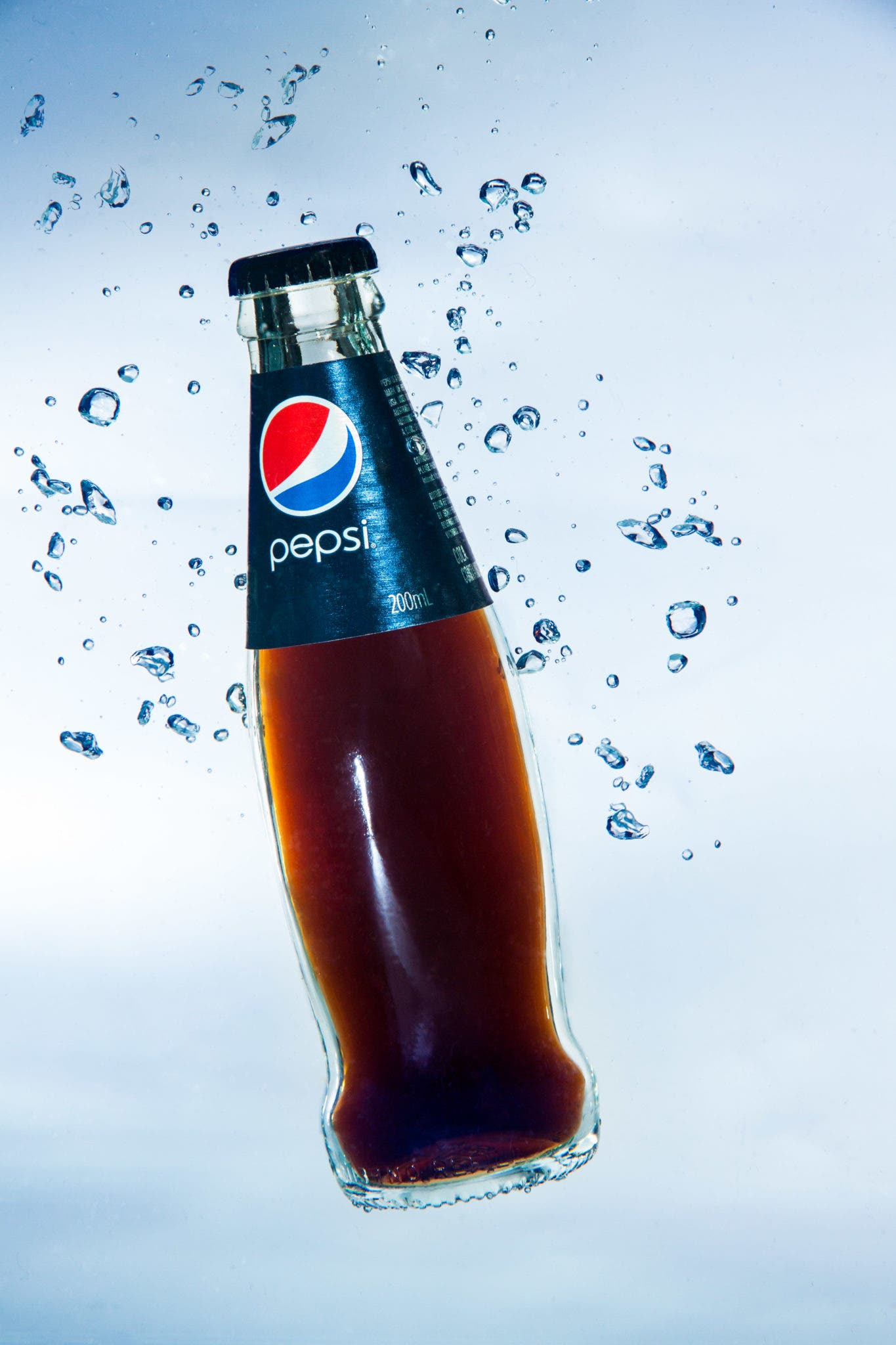 "Creating the Photograph: Ashwin Arumugam's ""Pepsi Bottle"" - The Phoblographer"