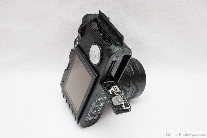 Felix Esser The Phoblographer Leica X Vario Review Right Side and Bottom View
