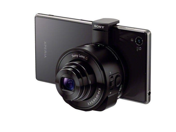 Sony QX10 on smartphone press image