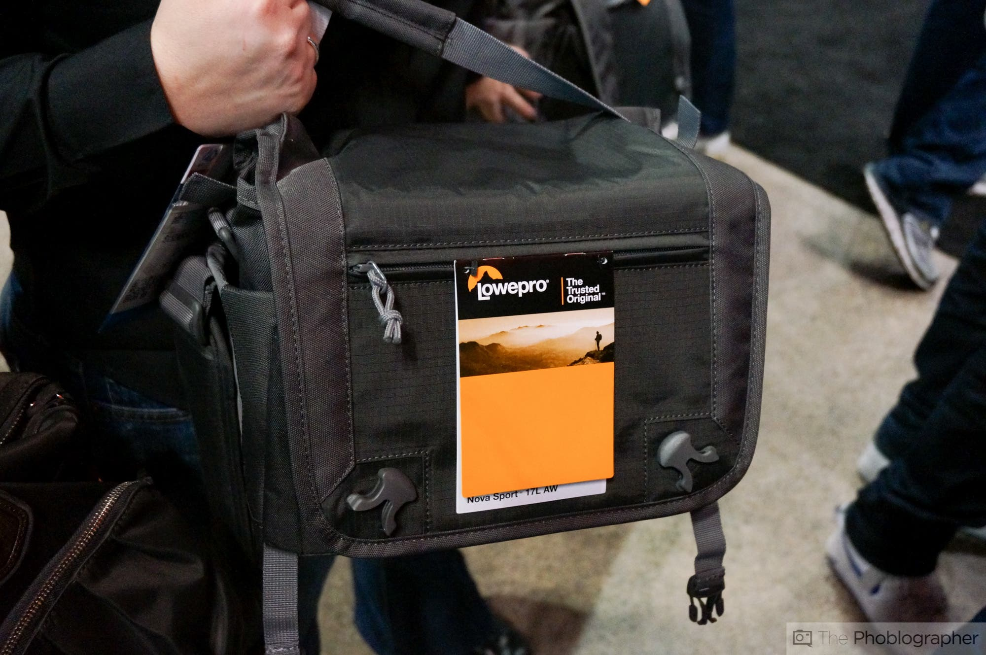 LowePro Introduces Urban Reporter and Nova Sport Shoulder Bag Series