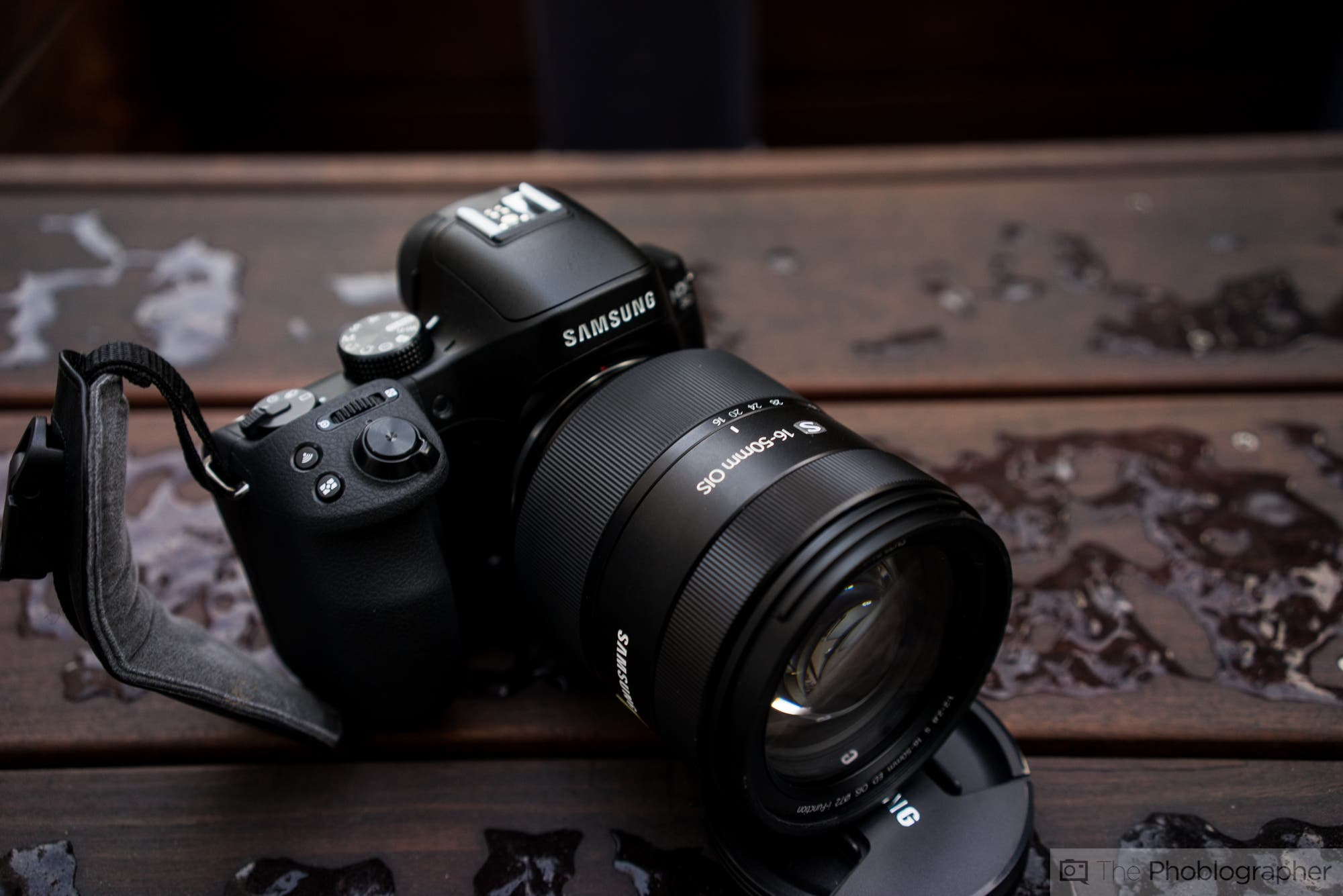 Samsung is Letting You Trade Your Old DSLR for a Brand New NX30 at New York's Times Square