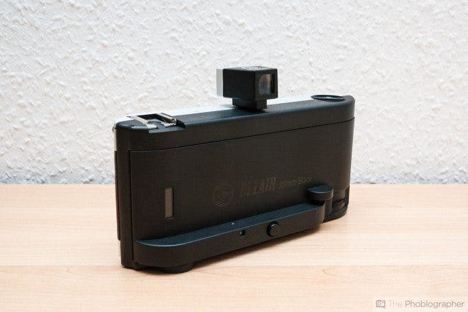 Felix Esser The Phoblographer Lomography Belair X 6-12 35mm Back Review Product Image Rear Slanted View