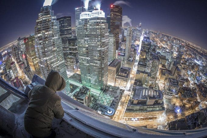 Urban Photographer Braves Biting Weather to Capture Ice-Covered Toronto - The Phoblographer