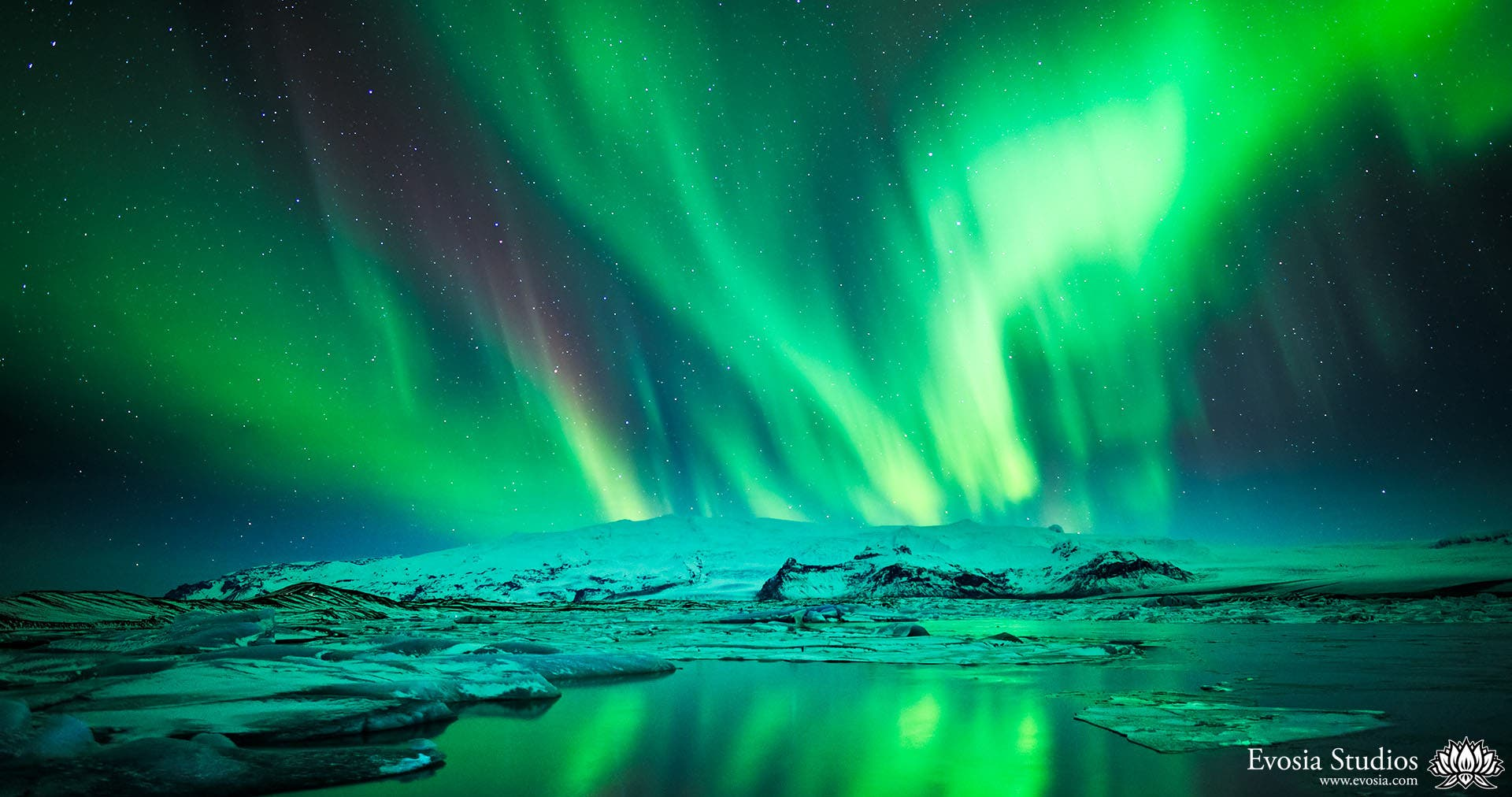 Epic Timelapse of the Northern Lights During the Solar Maximum