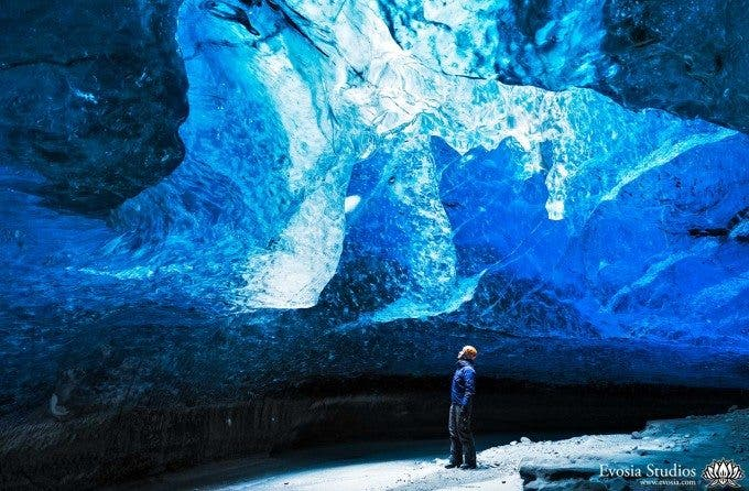 Ice-Caves-Henry-A0V5964