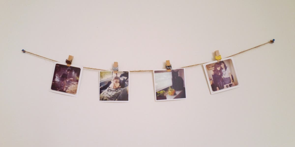 Use Old Polaroids as Apartment Decorations