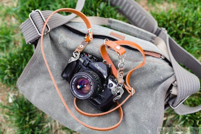Chris Gampat The Phoblographer Figosa Vintage Leather Adjustable Strap (3 of 10)ISO 1001-200 sec at f - 2.8
