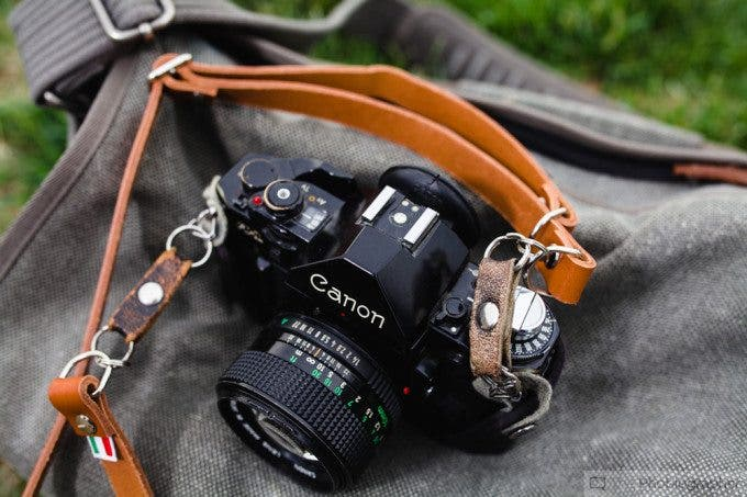 Chris Gampat The Phoblographer Figosa Vintage Leather Adjustable Strap (4 of 10)ISO 1001-200 sec at f - 4.0