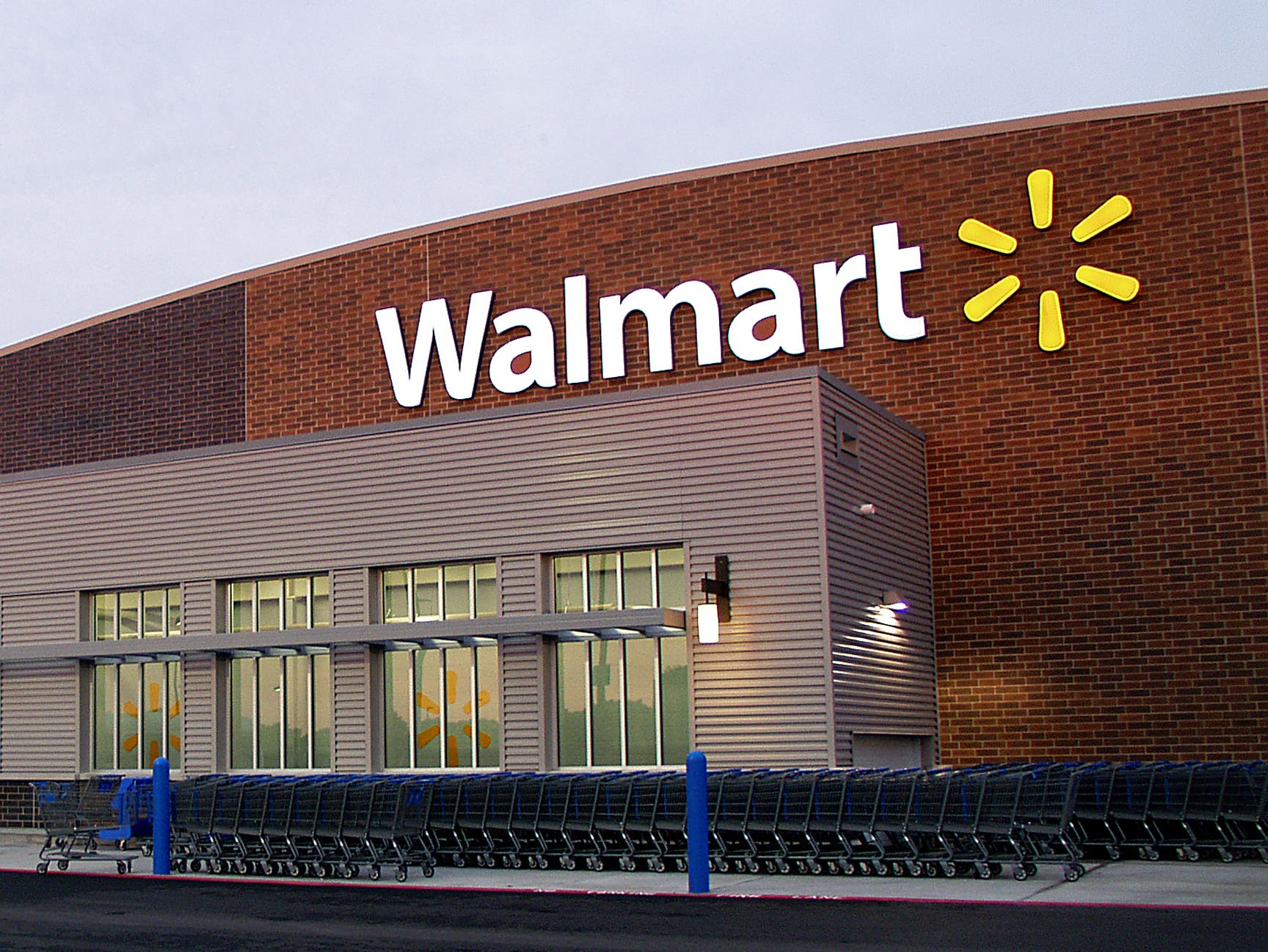 Walmart Sues Photographer's Wife, Stoops to a New Low