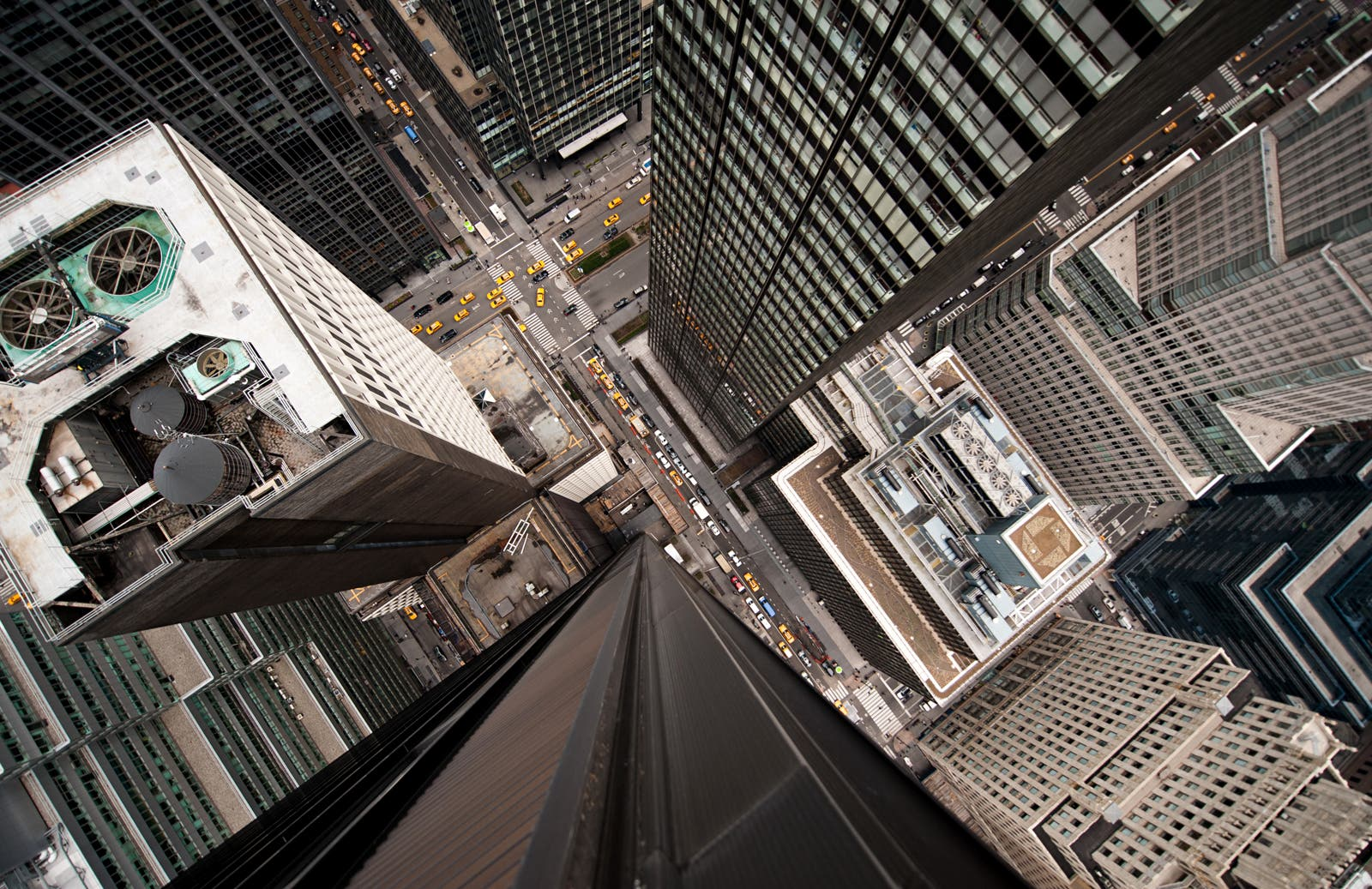 Navid Baraty's Intersection Series Features Breath Taking City Views
