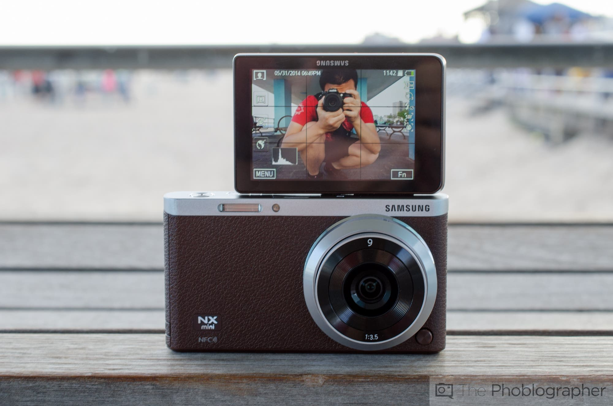 Review: Samsung NX Mini
