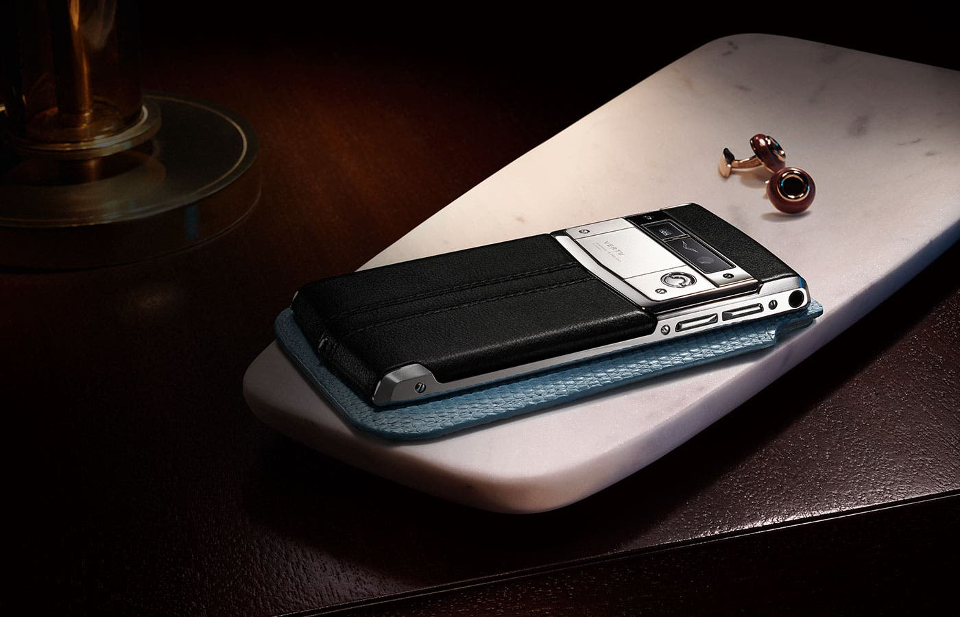 Ridiculousness Reaches a New High with This 'Hasselblad-Certified' Smartphone Camera