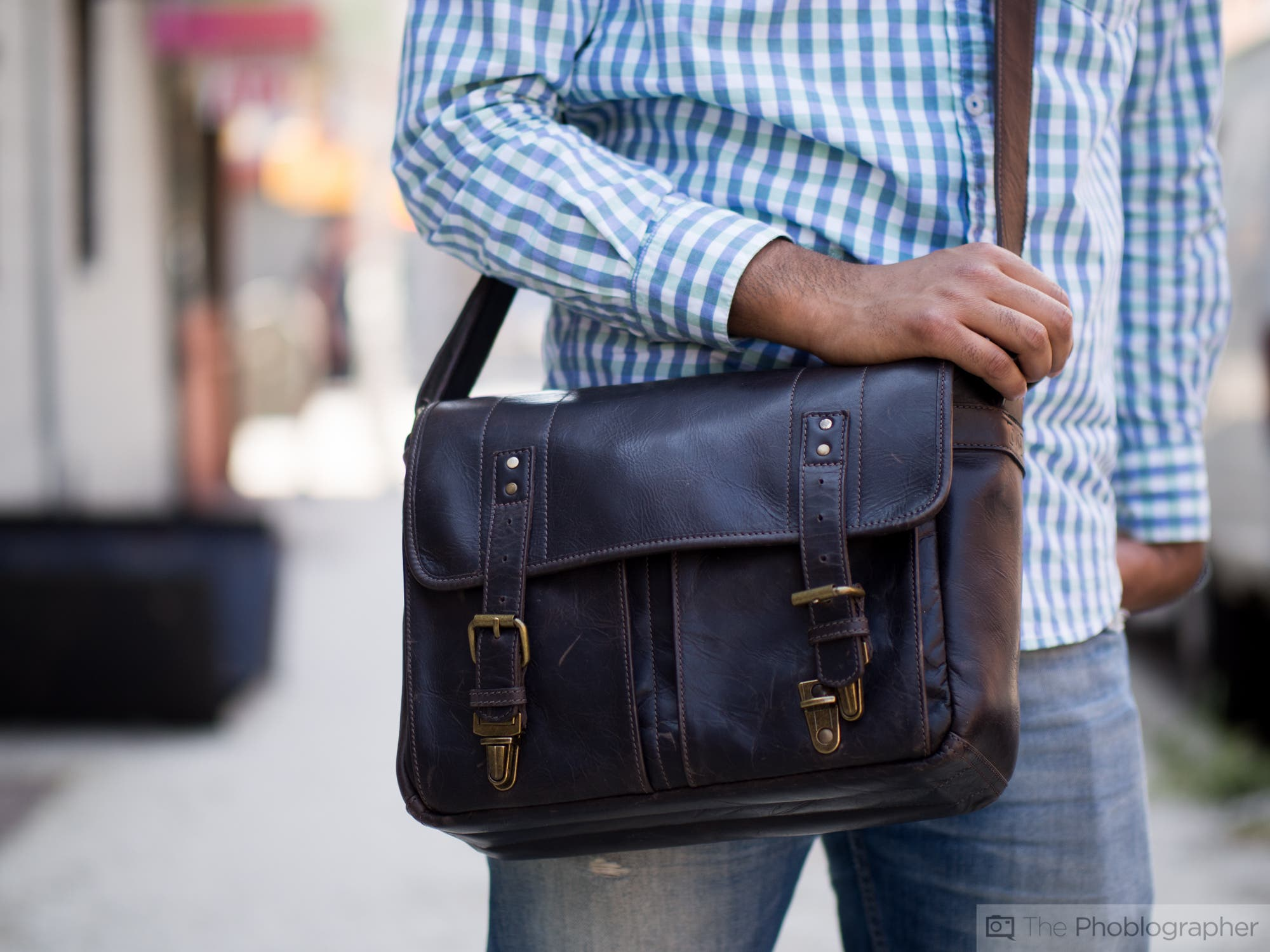 Review Ona Leather Prince Street Messenger Bag