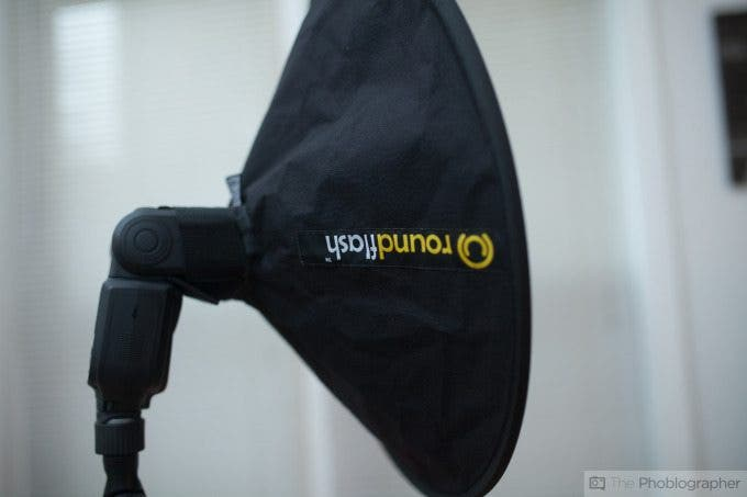 Chris Gampat The Phoblographer Roundflash dish review product images (1 of 7)ISO 4001-125 sec at f - 2.0