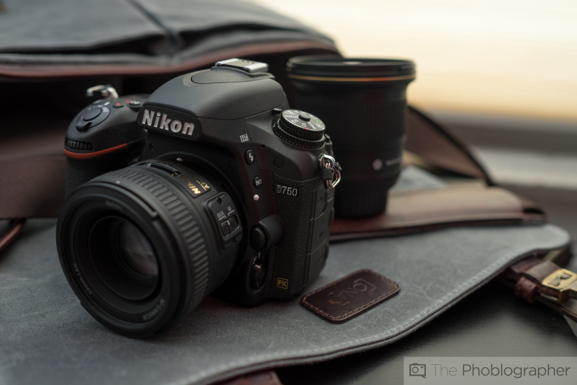 Cheap Photo: $1000 Off the Nikon D750 Kit!
