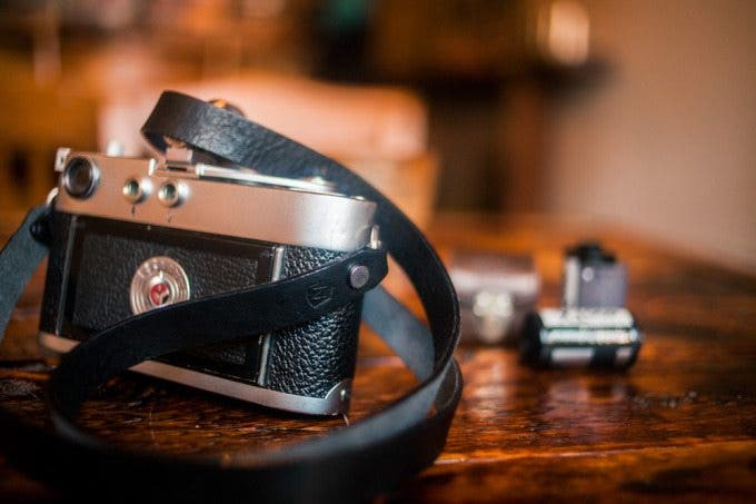 Kevin Lee The Phoblographer A7 Broadway Camera Strap Product Images 02