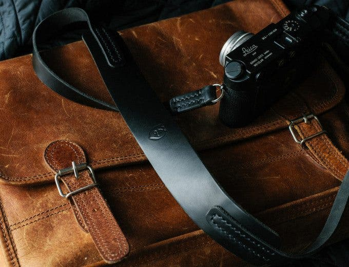 Black_Horween_leather_camera_strap_TAP_DYE2_1024x1024