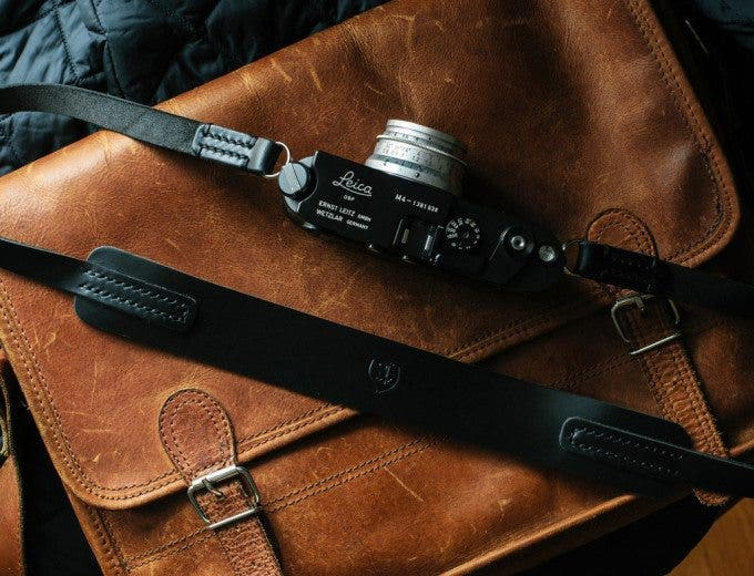 Black_Horween_leather_camera_strap_TAP_DYE5_1024x1024