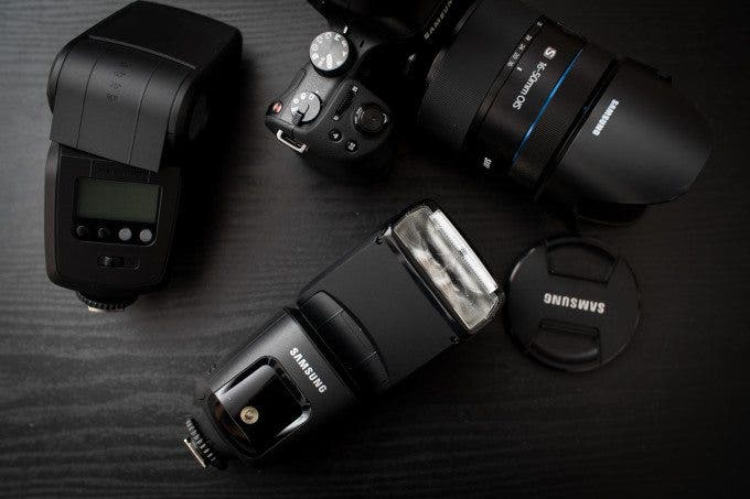 Chris Gampat The Phoblographer Samsung GN58 Flash review product images (2 of 10)ISO 1001-125 sec at f - 3.2