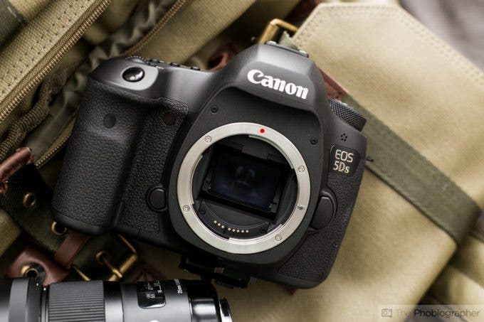 Chris Gampat The Phoblographer Canon 5Ds first impressions product photos (2 of 10)ISO 4001-60 sec at f - 4.0