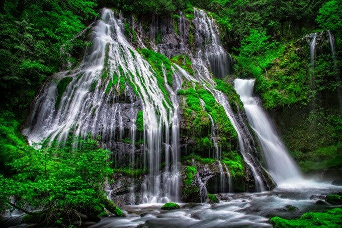 Panther Creek is easily one of my favorite waterfalls to visit in the Pacific Northwest.