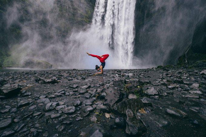 Yogi a Islandi by Tony Van Le and Nadia Nasiri-9