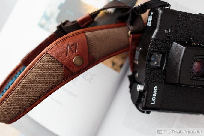 Chris Gampat The Phoblographer 4V Design strap review (4 of 10)ISO 4001-100 sec at f - 2.8
