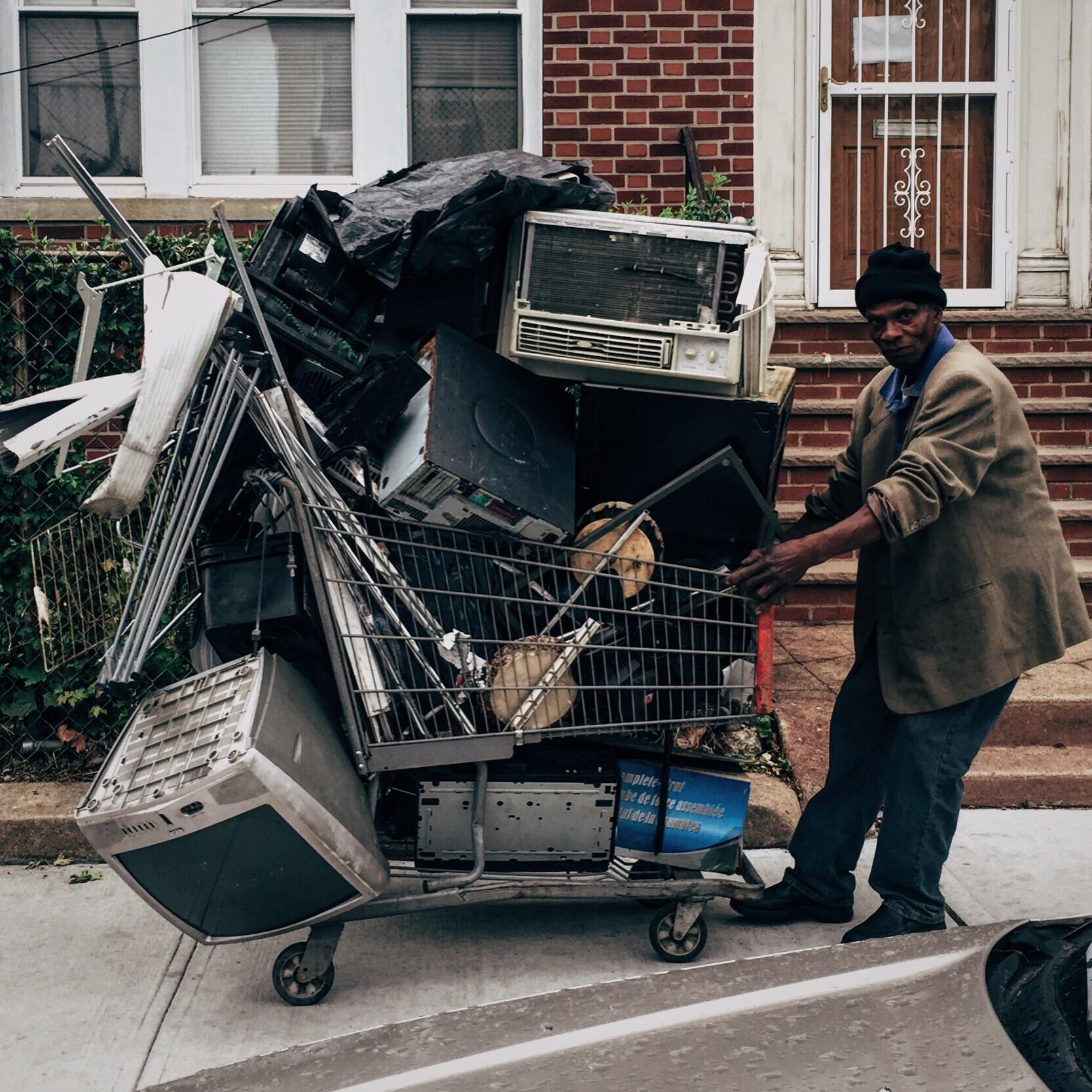 Soho Trendz: Street Photos of the Other NYC
