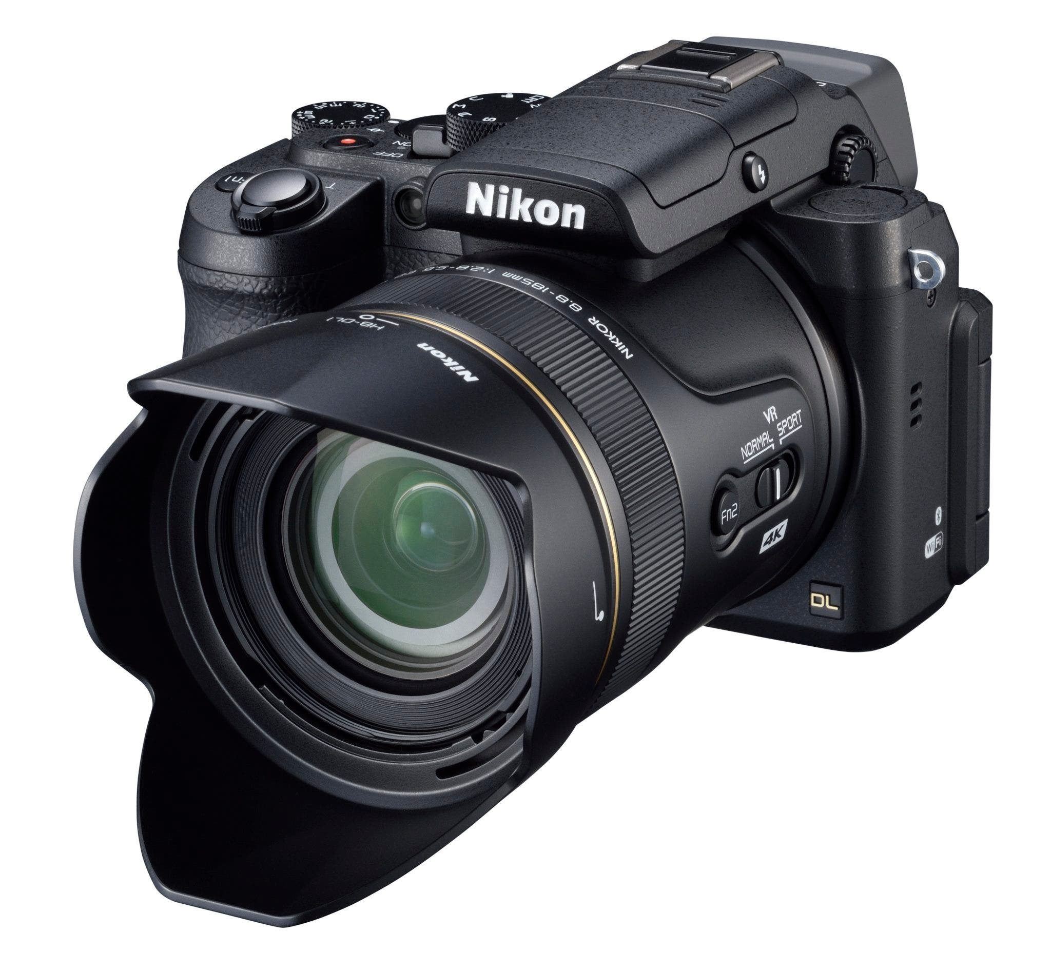 Nikon's DL Point and Shoots Cater to the Higher End Crowd