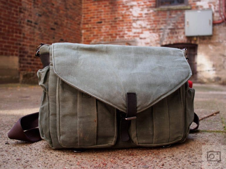 Chris Gampat The Phoblographer QamaySF All In One Waxed Canvas X Grid Bag review product images (9 of 11)ISO 2001-200 sec at f - 2.8